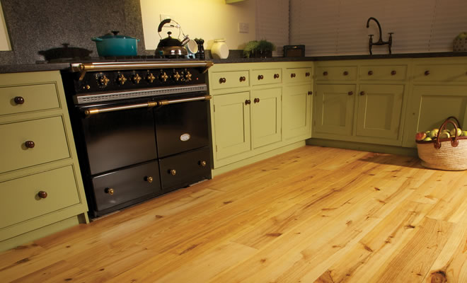 Pitch Pine Kitchen Flooring